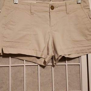 "OLD NAVY FAVORITE KHAKI PERFECT 3 1/2"", SHRTS SZ 2"